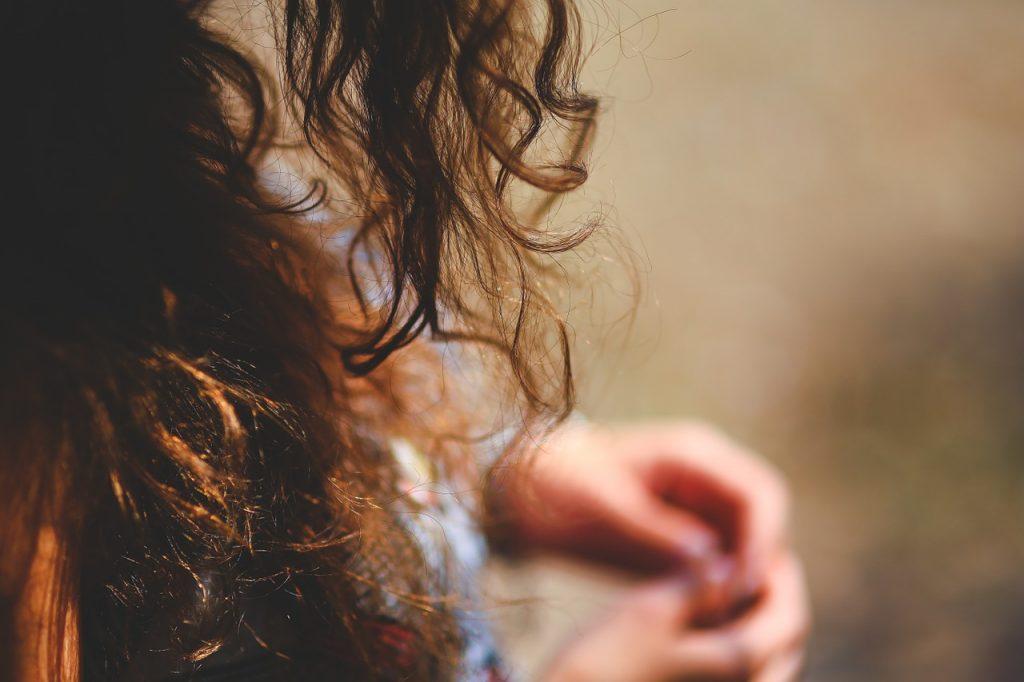 head lice curly hair